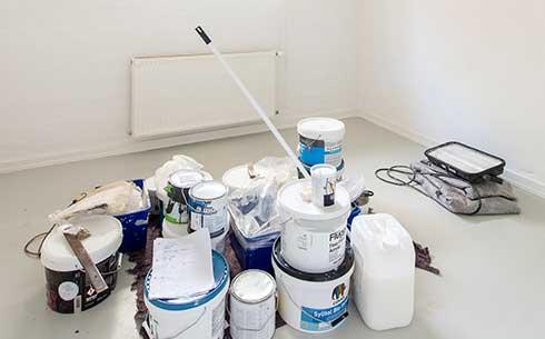 Salg af maling og værktøj